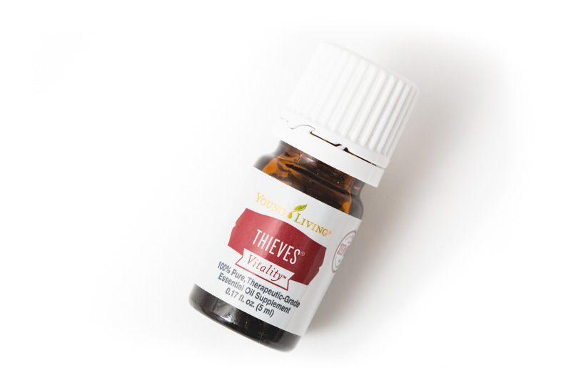 Thieves Essential Oil by: Young Living